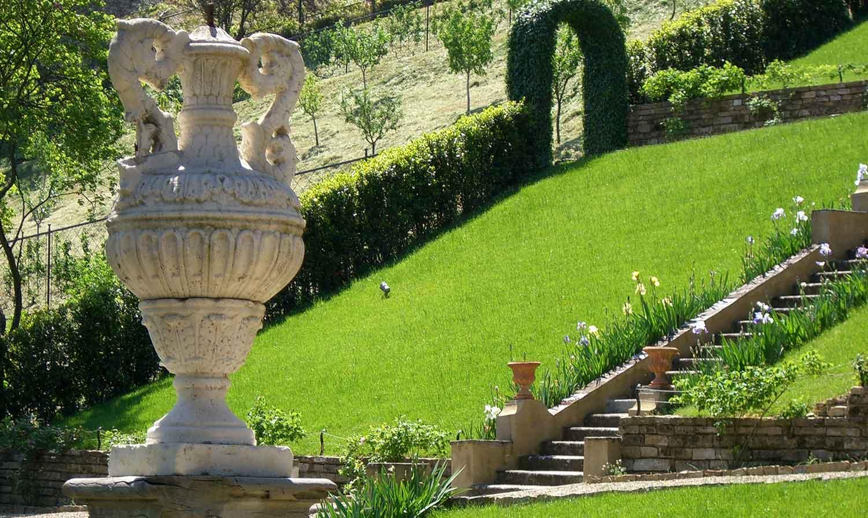 Rocchi roberto snc di rocchi andrea giardini storici e for Giardini moderni immagini